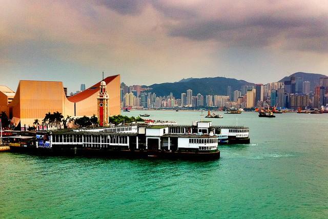 Hong Kong ferry - photo by Peter Liu